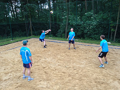 Der Volleyballplatz am Skihang